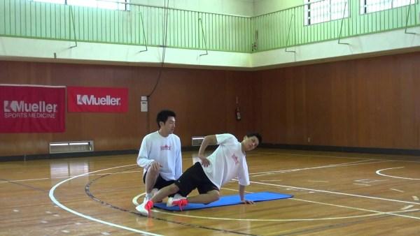 腹斜筋と内転筋を鍛えるスタビライゼーショントレーニング