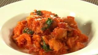 【得する人損する人】小林幸司レシピ『パンにトマトのイタリアン朝食』