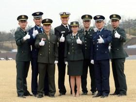 韓国の男子には兵役の義務がある。女子は志願によって兵役に就くことができる(写真/韓国陸軍公式サイトより)