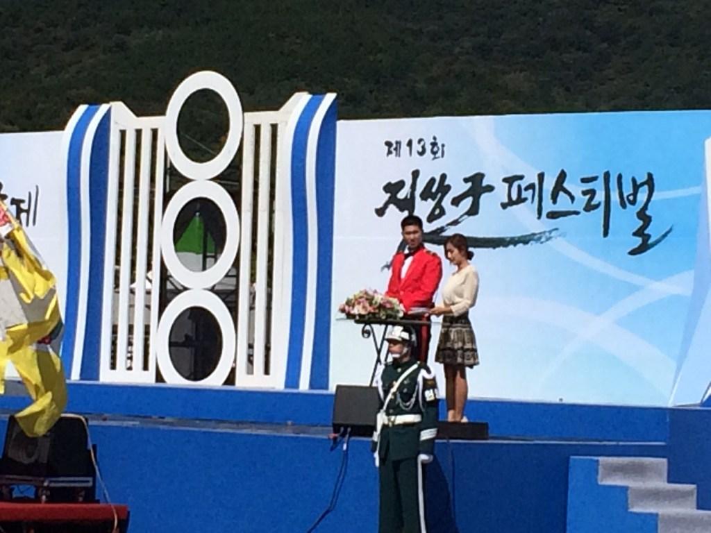 昨年10月に開催された「地上軍フェスティバル」で司会を務めたユンホ(写真=M.Takahata)