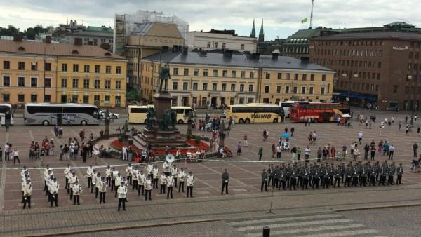 フィンランド ヘルシンキ 衛兵交代式