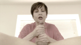 Mrs Mischief – I Dream Of Mom