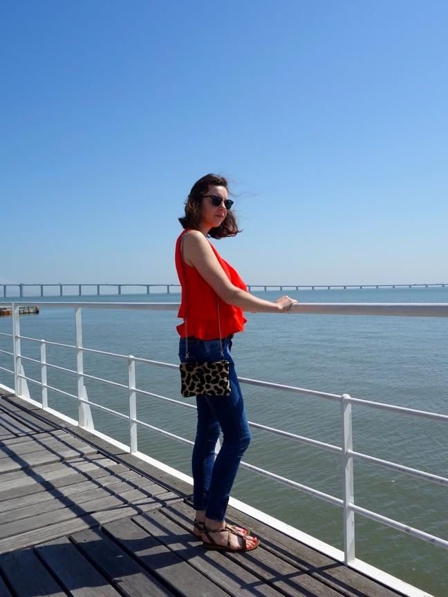 Blog Tache de Rousseur - Lisbonne look top mango (3)