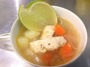 メキシコのライムスープ・ソパ・デ・リマ