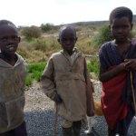 アルーシャからナイロビに続くマサイだらけの道 (4)