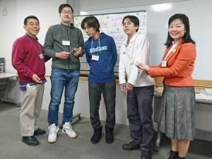 「新入社員受け入れ準備講座」の講師である福原美砂先生と記念撮影