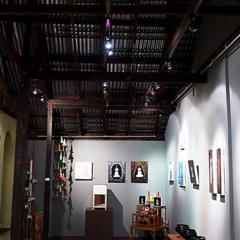 Dialogue Coffee and Gallery