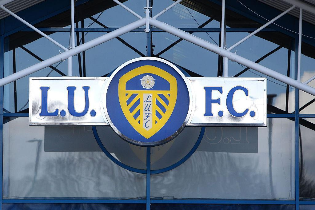 Leeds United sign 18-year-old full-back Leif Davis from ...