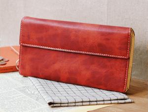 バレンタインで彼氏が喜ぶ小物のプレゼント第3位:財布