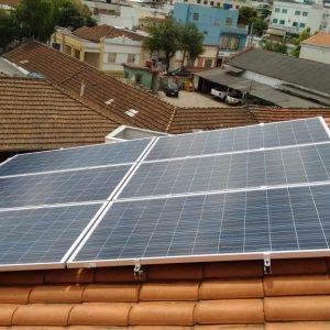 03 - Arranjo fotovoltaico finalizado - 6 x 310Wp Trina Solar