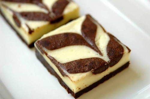 طريقة عمل براونيز بالجبن