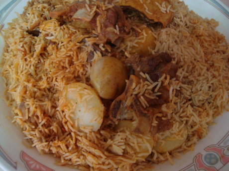طريقة باللحم والبطاطس المطبخ السعودي 96404_1233448667.jpg