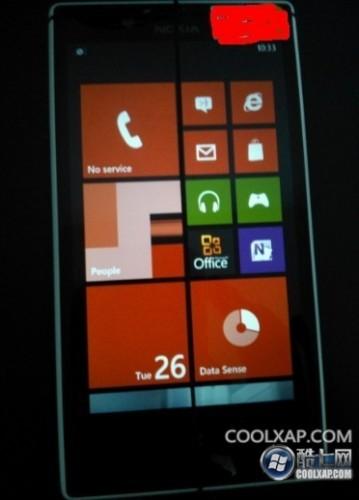 Novas fotos do Nokia Lumia 820 Arrow, com Windows Phone 8, aparecem na internet