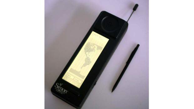 simon650 O primeiro smartphone da história completou 20 anos do seu nascimento