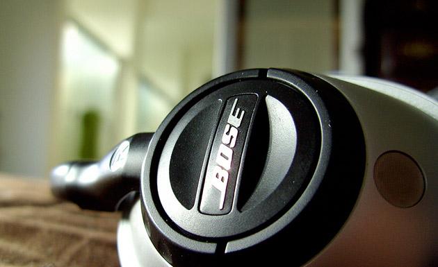 bose headphones flickr Apple retira os produtos da Bose de sua loja online