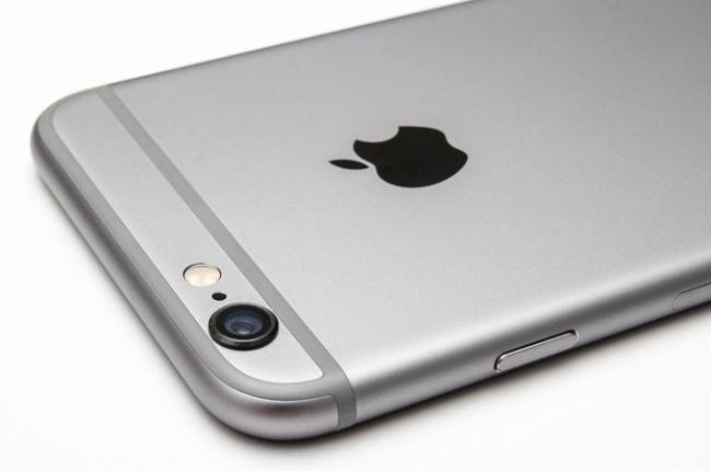 650 1000 iphone 6 atras Novo SoC A8 do iPhone 6 consegue reproduzir sem problemas vídeos em 4K/UHD