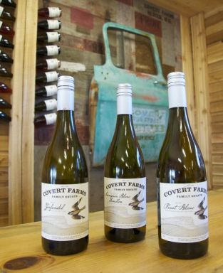 covert wines, tastingroomconfidential.com/covert-farms-offers-overt-abundance, tastingroomconfidential.com/covert-farms-offers-overt-abundance