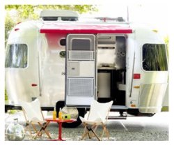airstream+outside[1]