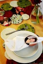 Guest Project — Reversible Family Photo Placemats PLUS Silhouette Ornaments!