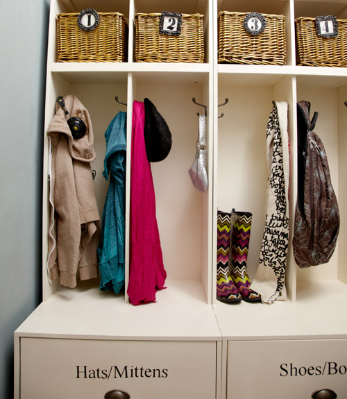 Entryways With Closet - Kitchen Layout and Decorating Ideas