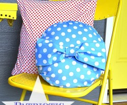 Easy Patriotic Pillows!