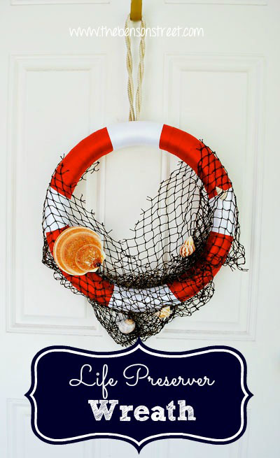 Life-Preserver-Wreath-at-www.thebensonstreet.com-copy