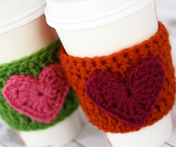 Crochet-Heart-Coffee-Cozy