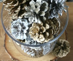 Easy-Spray-Painted-Pine-Cone-Centerpiece