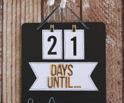 DIY Chalkboard Countdown Board!