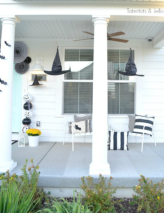witches and pumpkins halloween decor