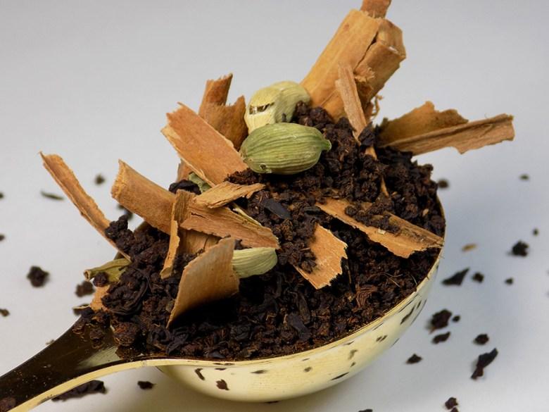 Ladida IWC Hamilton True Chai Masala Loose Tea Review 2