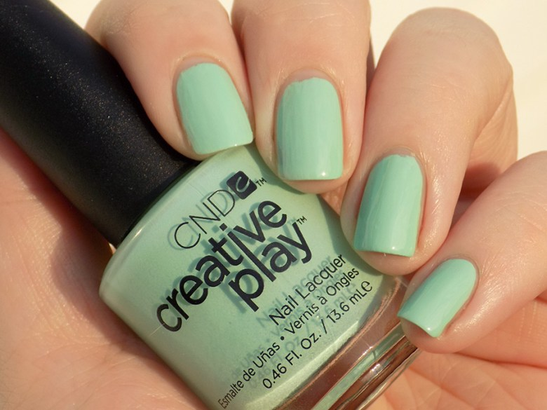 CND Creative Play Shady Palms from Sunset Bash Collection - Swatch Evening Sunlight