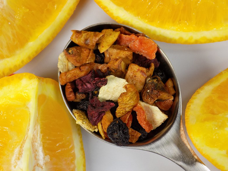 Davidstea Orange Passionfruit Freshly Squeezed Collection - Loose Tea with Oranges