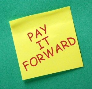 pay-it-forward-post-it-2