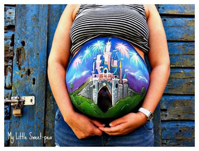 Beautiful-Baby-Bump-Paintings-6