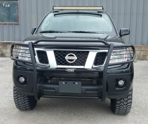 Nissan Frontier PRO-4X, Westin grille guard, roof rack light bar