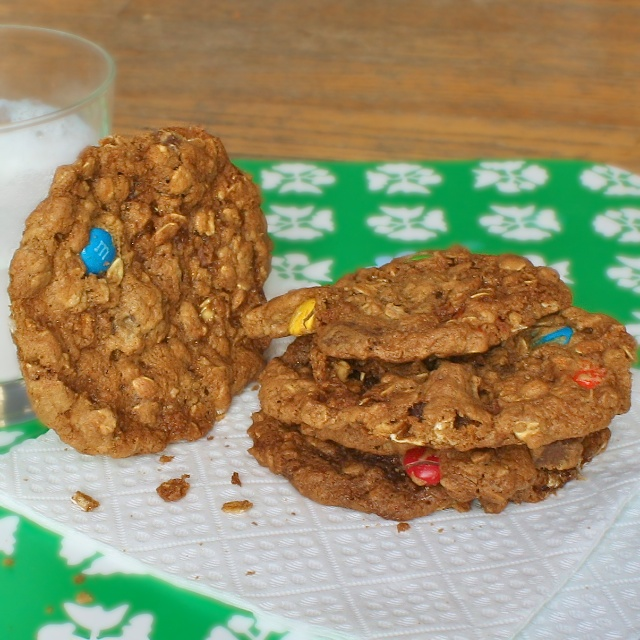 Cinnamon Oatmeal Monster Cookies | TeaspoonofSpice.com