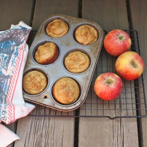 Apple Cornmeal Muffins
