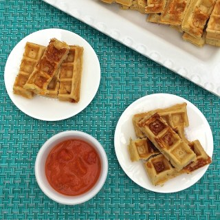 Your favorite breakfast and dinner flavors combined in a healthy snack: Pizza Waffle Sticks for #EatHealthy16