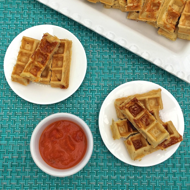 Your favorite breakfast and dinner flavors combined into a healthy snack: Pizza Waffle Dippers for #EatHealthy16