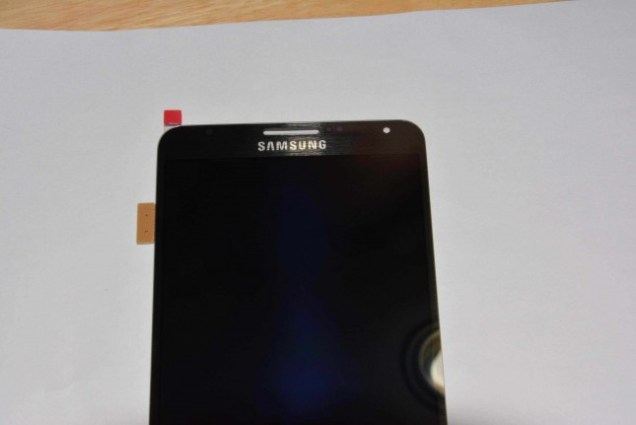 Alleged Galaxy Note 3 front panel leak