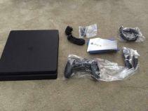 PS4 Slim leak (3)