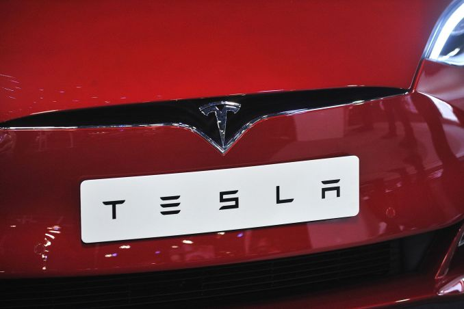 tesla-getty-3