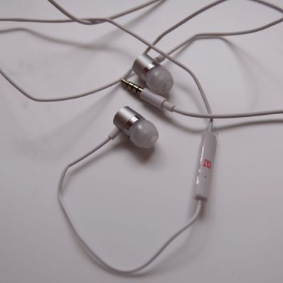 OnePlus Silver Bullet Earphones up for sale in Amazon india