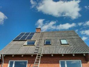 beslag til montering af solceller