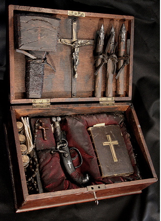 alex cf vampire hunting kit