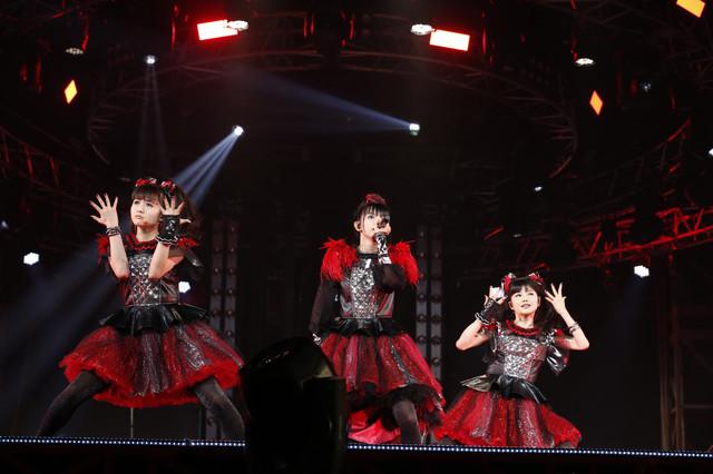 WOWOW transmitirá BABYMETAL WORLD TOUR 2016 LEGEND -METAL RESISTANCE- RED NIGHT & BLACK NIGHT