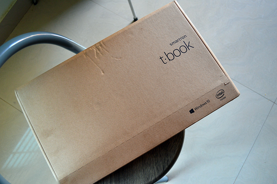 Smartron-tBook-Retail-Box