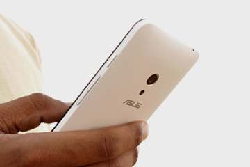 Asus Zenfone 5 Review - Techzei -1
