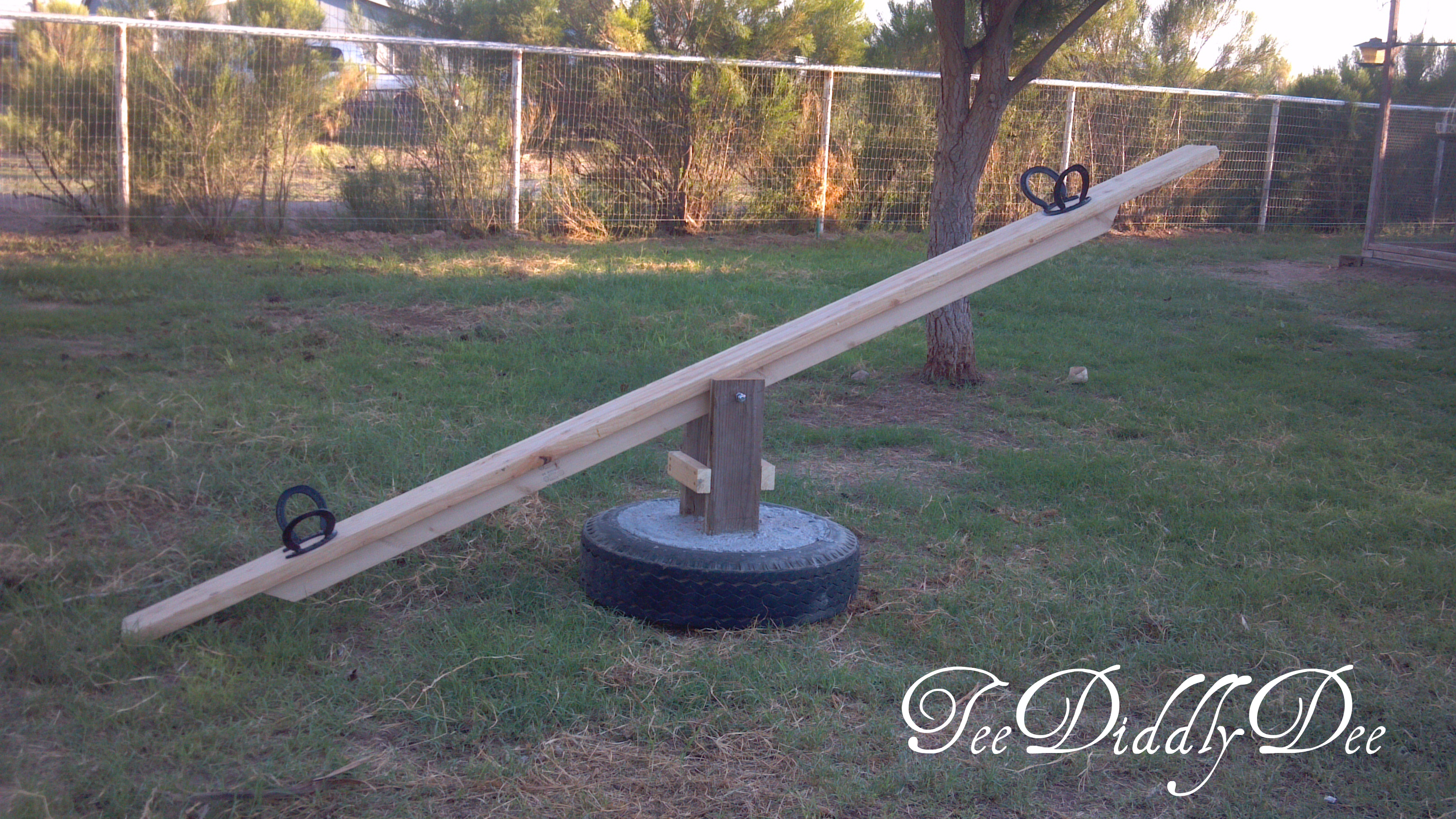 How to build a teeter totter or see saw out of old - Columpio de madera ...